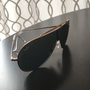 Ray-Ban Accessories - Ray-Ban Wings black and gold